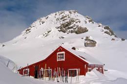 Høgabu er populært turmål også vinterstid. - Foto: Hanne N. Olsen
