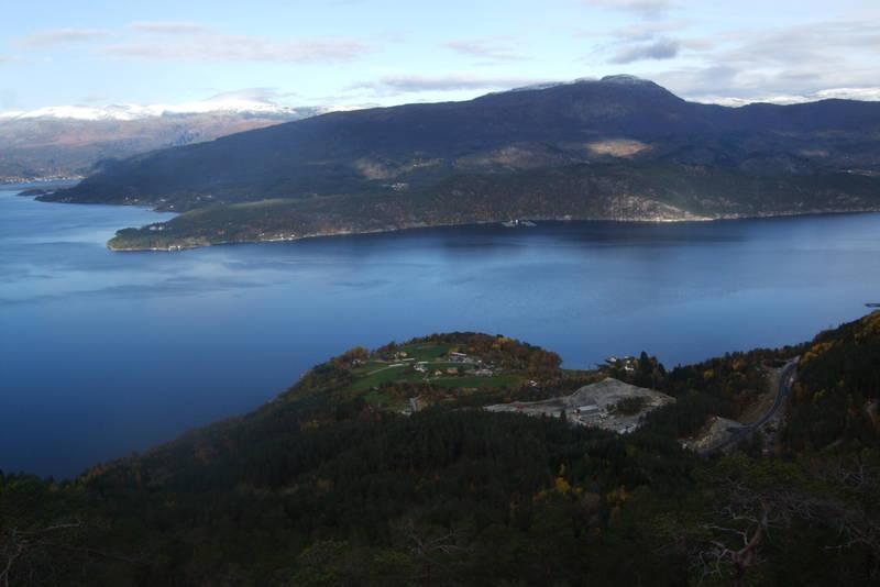 Utsikt ned til Torsnes