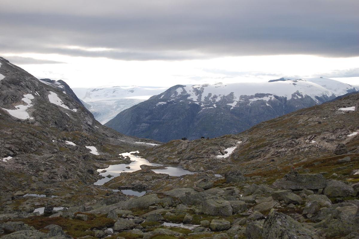 Utsikt mot Sprongdalshytta