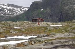 Tjønnebu  - Foto: Ålesund-Sunnmøre Turistforening