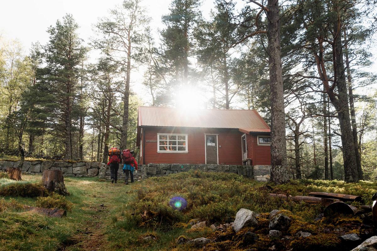 Flørlistølen ligger ovenfor Lysefjorden, en kilometers gange opp fra Flørli.