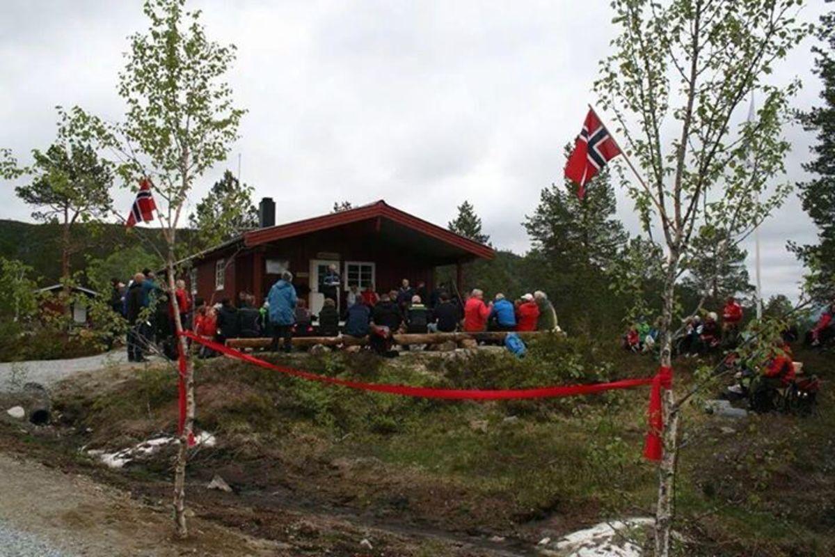Rødekors hytta etter 3 km.