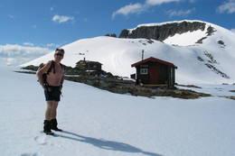 Vårskitur til Vasstindbu 1200 moh. - Foto: Arild Sele