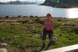 Kort veg til vatnet ved Bossbu - Foto: DNT Sør