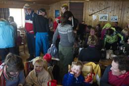 Enkel servering på Gaustatoppen Turisthytte - Foto: Fotograf Dag Jenssen www.dagjen.