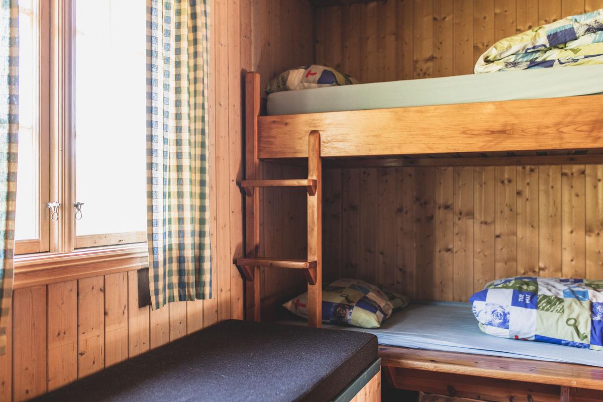 Hytta har 11 sengeplasser.