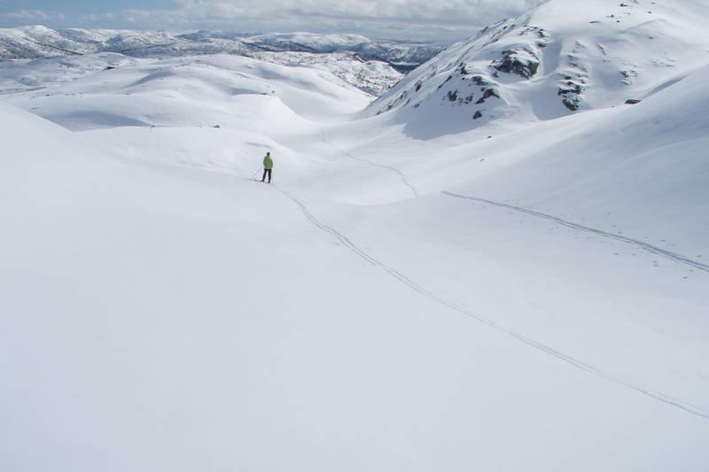 Påske på Hovstøyl - ned fra Nusfjell