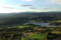 Utsikt fra Olhovd mot Kråkefjorden.  - Foto: Hilde Roland