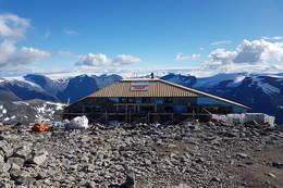 Bergen og Hordaland Turlag bygger hytte nr. 2 på Skåla. Ferdigstilles høsten 2016 - Foto: Johnny Bjørge