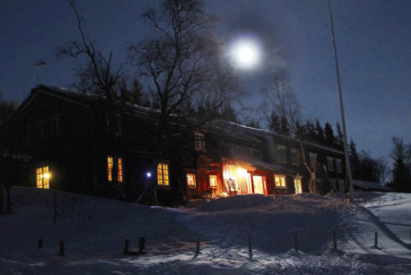 Magisk vinterstemning på Gjevilvasshytta.