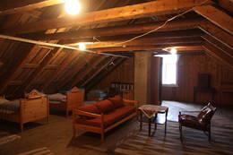Loftet på Runde fyr. Her er det fint å overnatte - Foto: Arild Eidset
