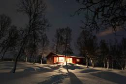 Bjørnhaugen vinternatt - Foto: Raymond Riise