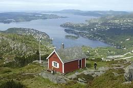 Utsikt fra Dræggehytten mot Eidsvåg - Foto: Torill Refsdal Aase