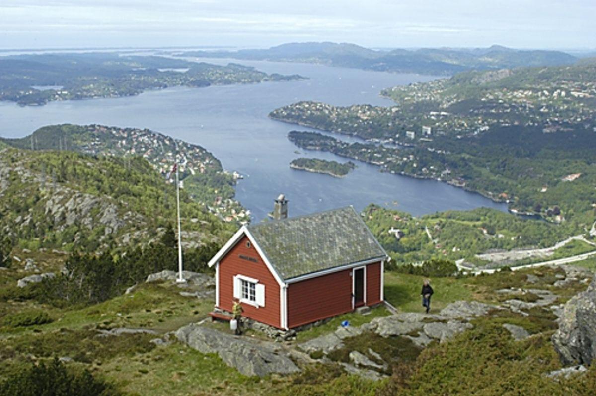 Utsikt fra Dræggehytten mot Eidsvåg