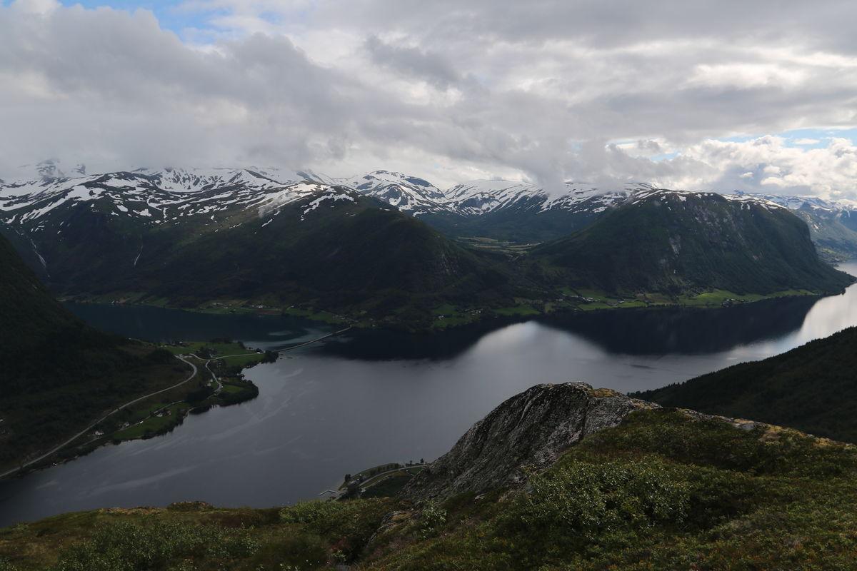 Utsikt over Jølstravatnet