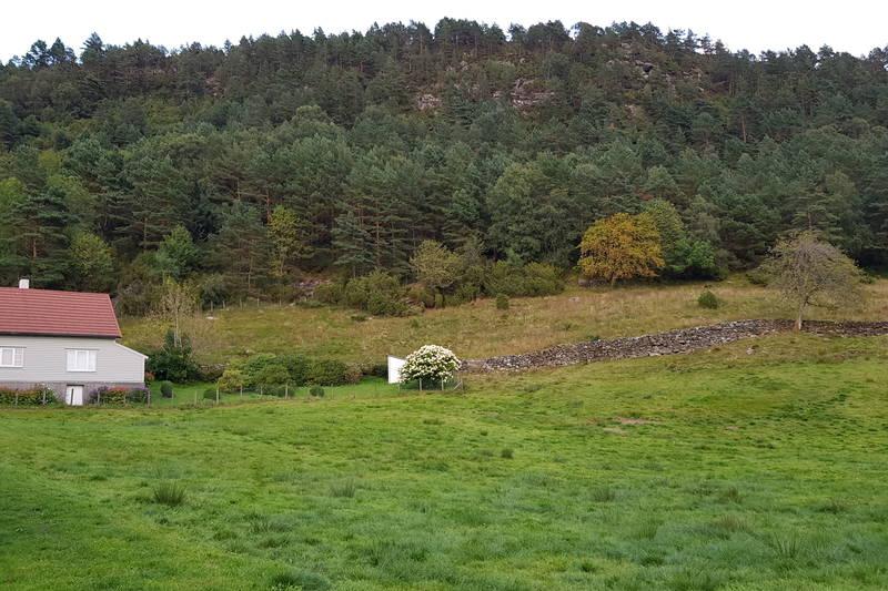 Starten av turen på baksiden av huset på h.side