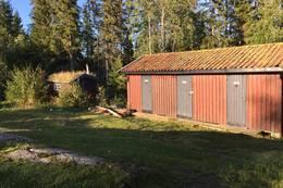 Utedo og vedskjul  - Foto: DNT Oslo og Omegn