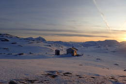 Solen står lavt i februar - Foto: Kristian Jakobsen