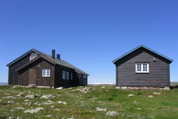 Lågaros, selvbetjent DNT-hytte - Foto: Thorleif Lantz
