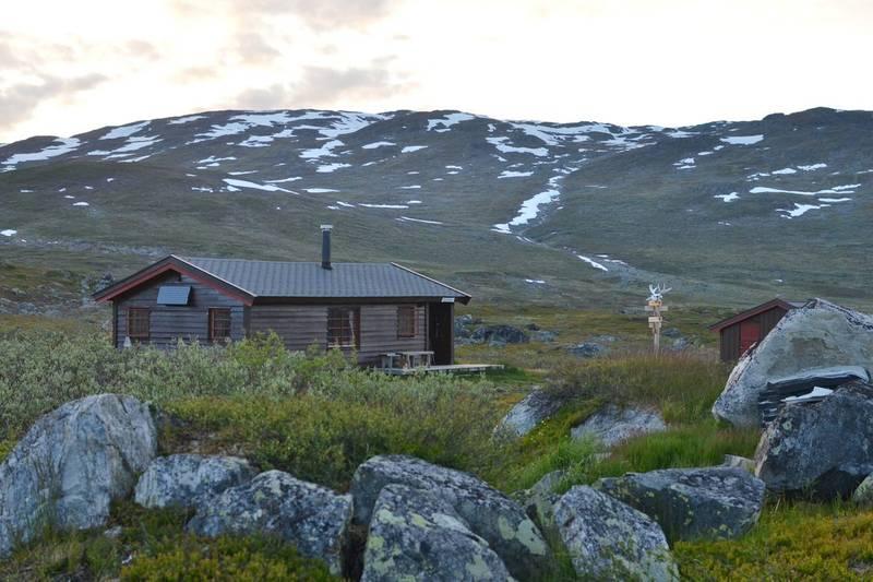 Cunojávrihytta, nordøst i Narvikfjellene