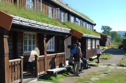 Inngangspartiet på hytta. - Foto: Asgeir Våg