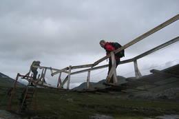 Bru ved Cunojávrihytta - Foto: Sidsel Naustvoll