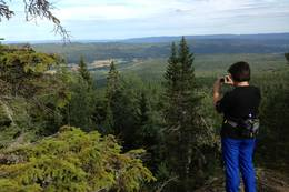 Utsikten fra Bjønnestillinga mot Nerstad. - Foto: Hilde Roland