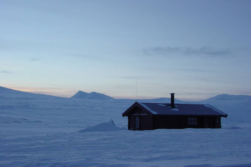 Femten kuldegrader og strøkent vinterføre ved Midtistua.