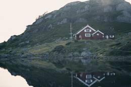 Stille vann ved Gaukhei - Foto: Marie Brøvig Andersen