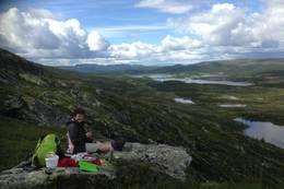 Med utsikt til Økteran i Nore og Uvdal.  -  Foto: Hilde Roland