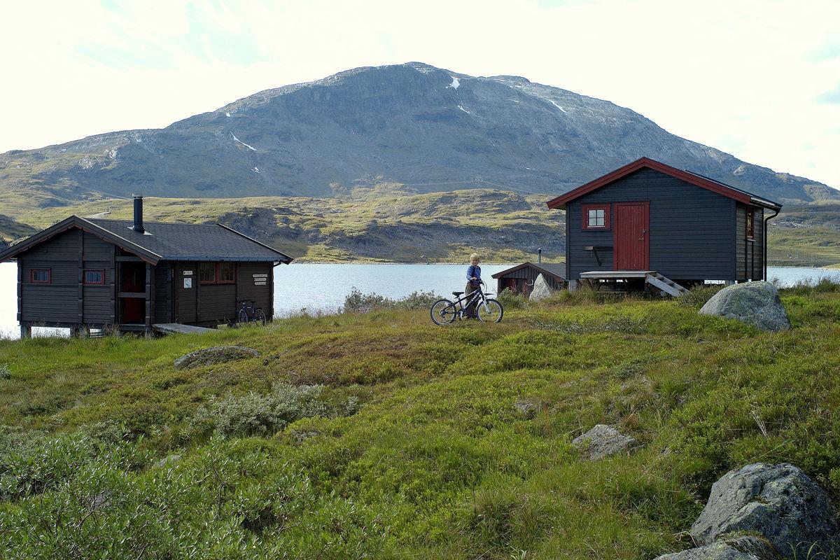Dette er en populær hytte for småbarnsfamilier da det kan benyttes sykkel hele veien inn til hyttene