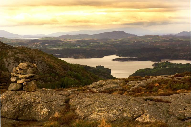 Viksefjorden sett fra Klauv