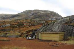 Dugnad ved Longevasshytta - Foto: Sogn og Fjordane Turlag