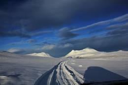 Vintermerket inn til turisthytta  - Foto: