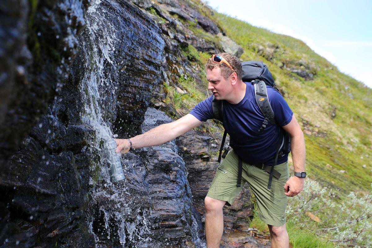 Det er ikke så mange elver å fylle vann fra, så benytt sjansen når du får den.