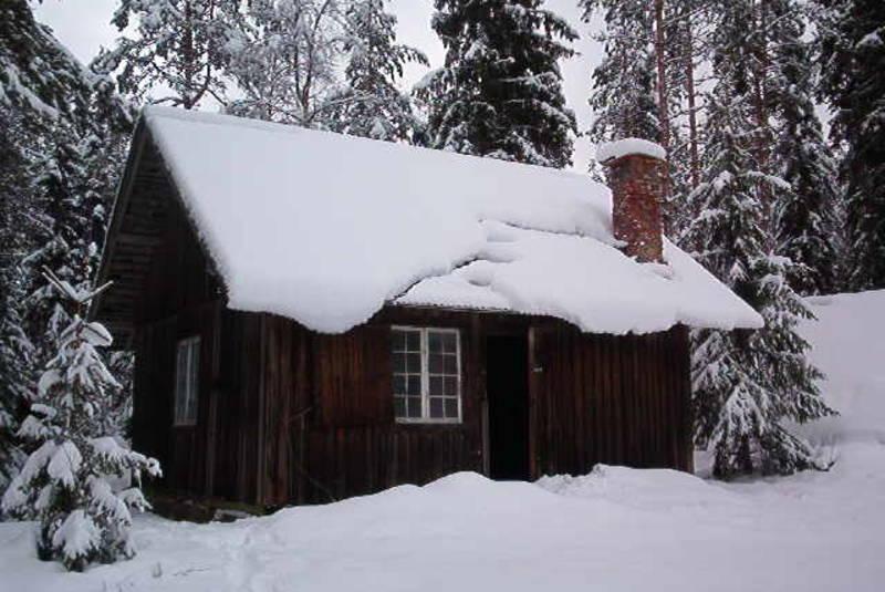 Ubetjent hytte. Grue Finnskog. Finnskogen Turistforening