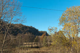 Veggefjell sett fra sykkelstien ved Falkensten. - Foto: Ukjent
