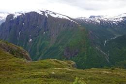 Ned mot Dyrdal -  Foto: Aleksander Grinnbo Høyum
