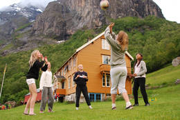 Poppeloppeteateret fra Molde på hyttetur - Foto: Arne Kavli