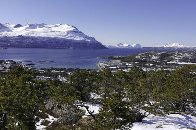 Utsikt mot Innhavet og Sagfjorden