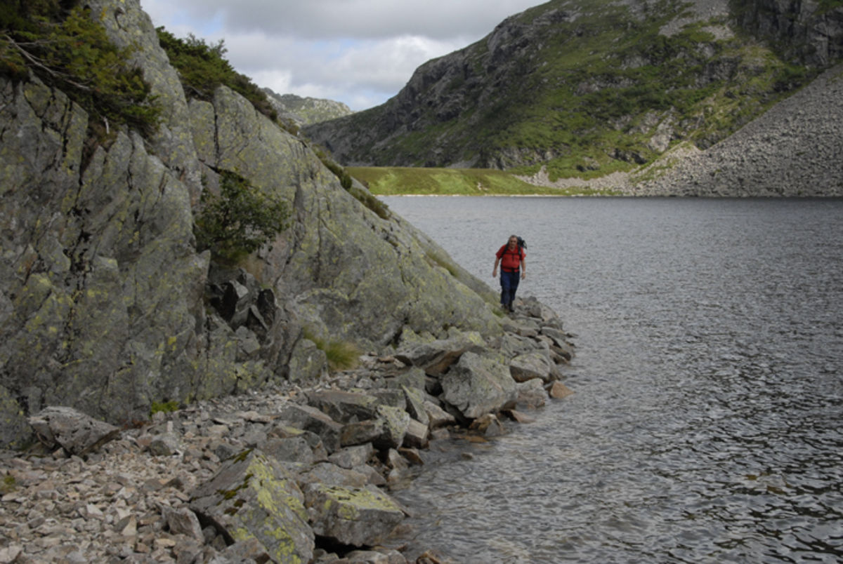 Drifteveien langs Laugarvatnet