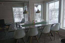 Langbord med plass til alle - Foto: Åshild Bjørnådal