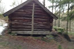 Løe mellom Skråstadvarden og Oddersjaa på den ytre veien mot Otra - Foto: Ukjent