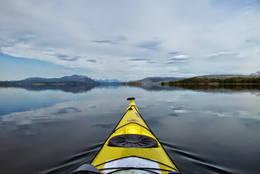 På tur mot Skottestadøyan. -  Foto: Truls Johnsen