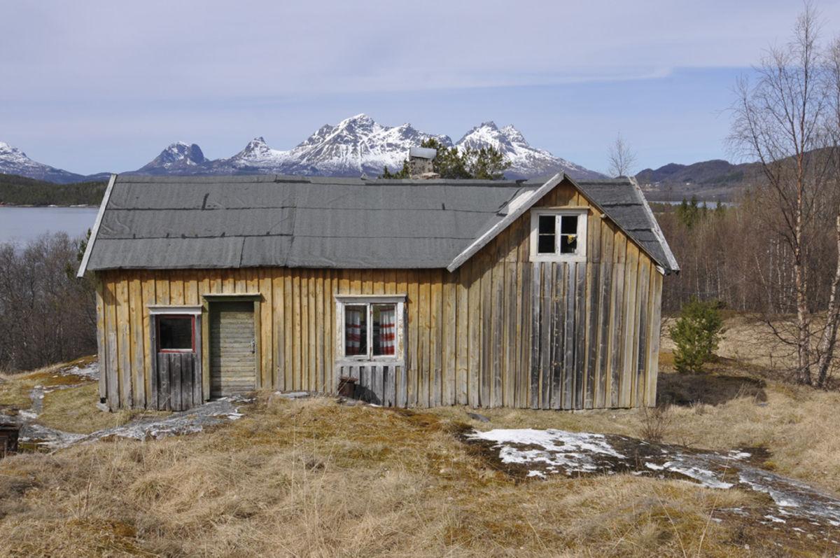 Den gamle samiske gården Tuva blir nå restaurert