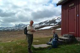 Hyttetilsynene klar for vårdugnad - Foto: Jenny Isaksen