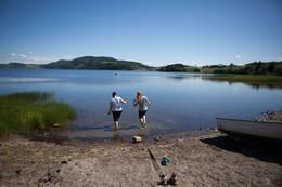 Dypp tærne i Leksdalsvatnet - Foto: Leksdalsvatnet