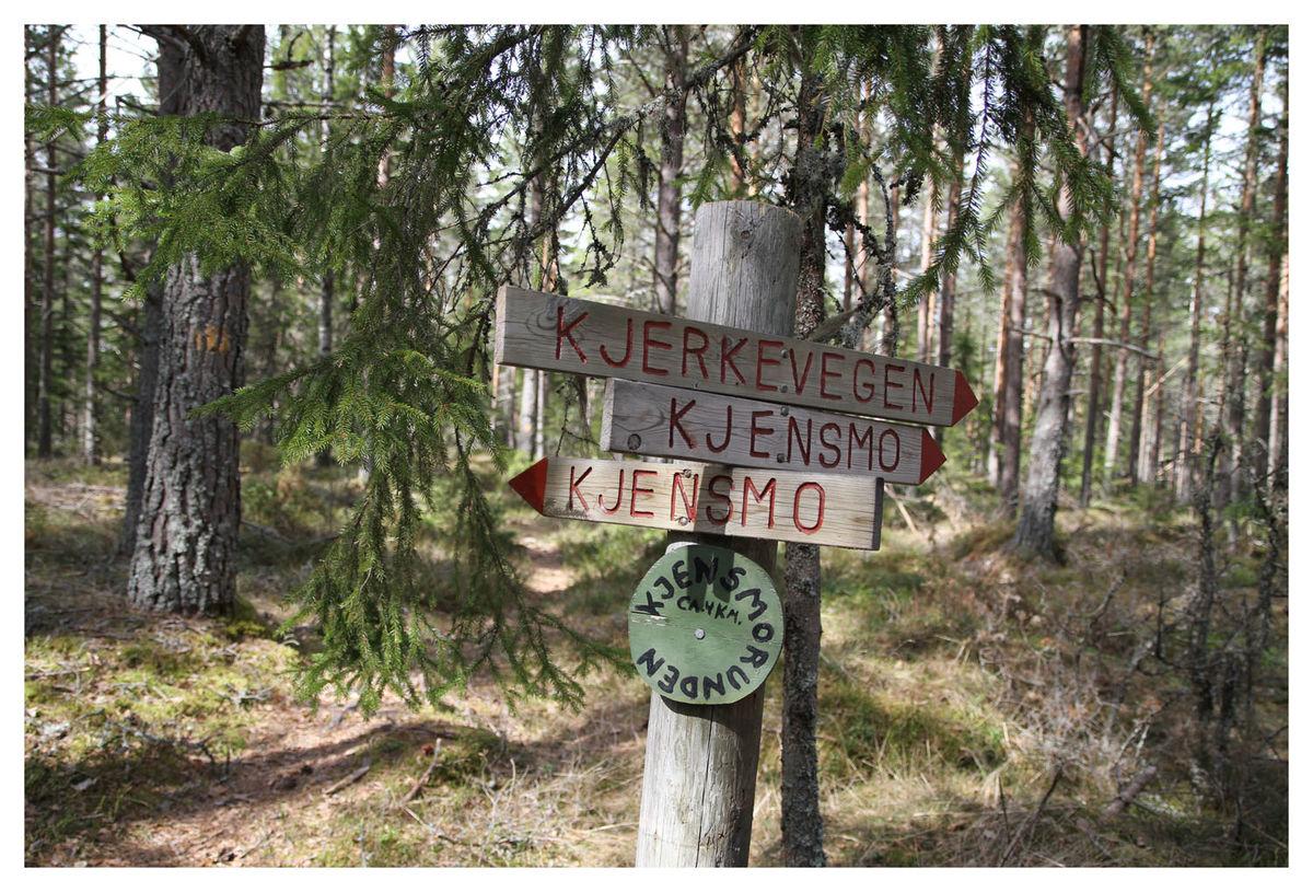 Fra Galtebu kan du gå en runde videre om Kjensmo.