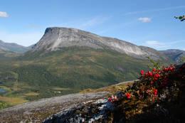 6.vatnet ligger like under Kråkmotinden - Foto: Kjell Fredriksen