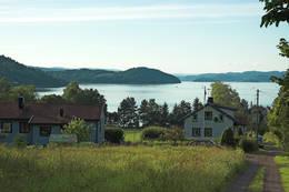 Frebergsvik i kveldssol - Foto: Ukjent